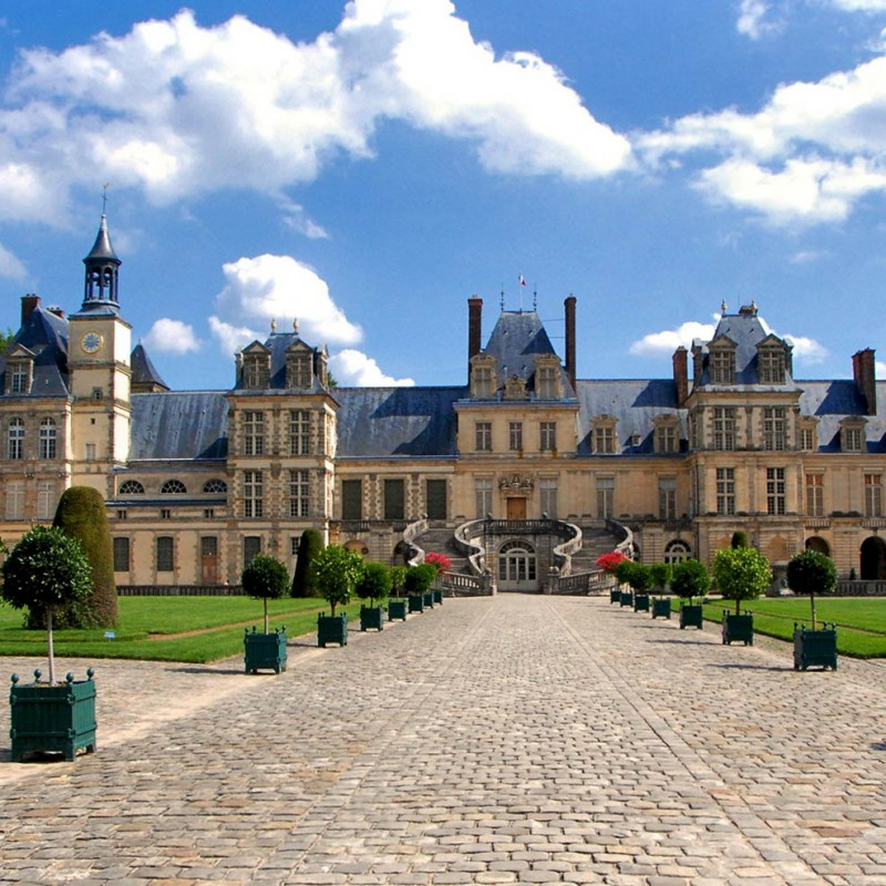 Outing to Fontainebleau - Half day tour